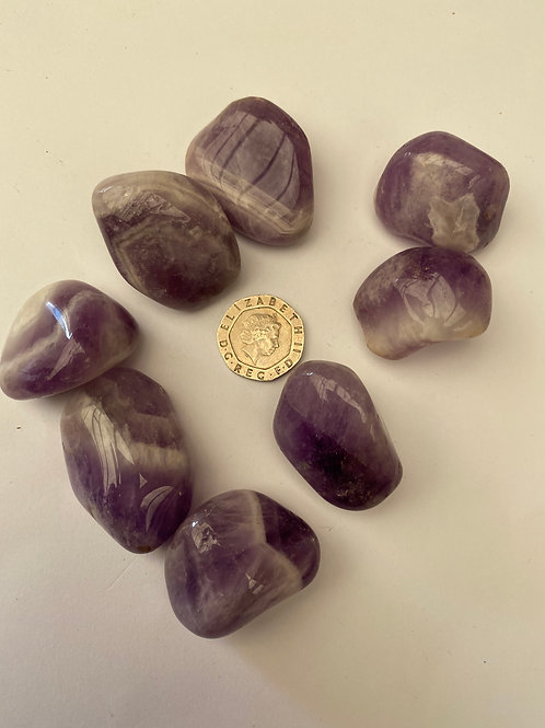 Banded Amethyst XL ( Pale colour )