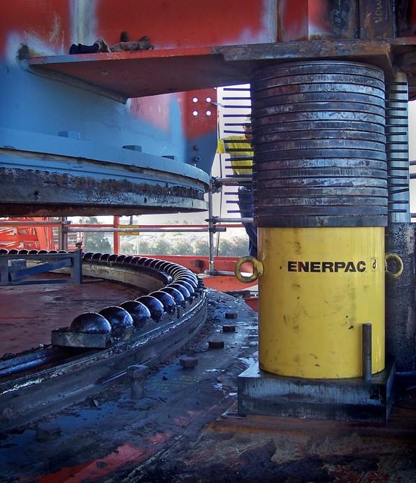 Port Waratah - RE1 - inside - 2