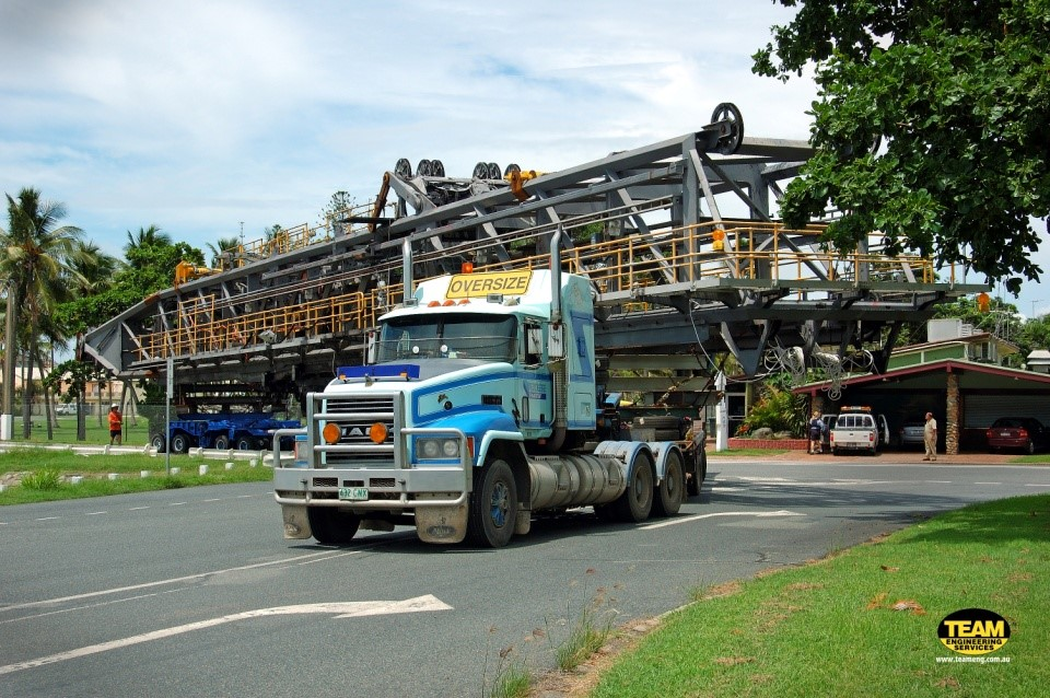 Size of truck for hay point shiploader boom - driving
