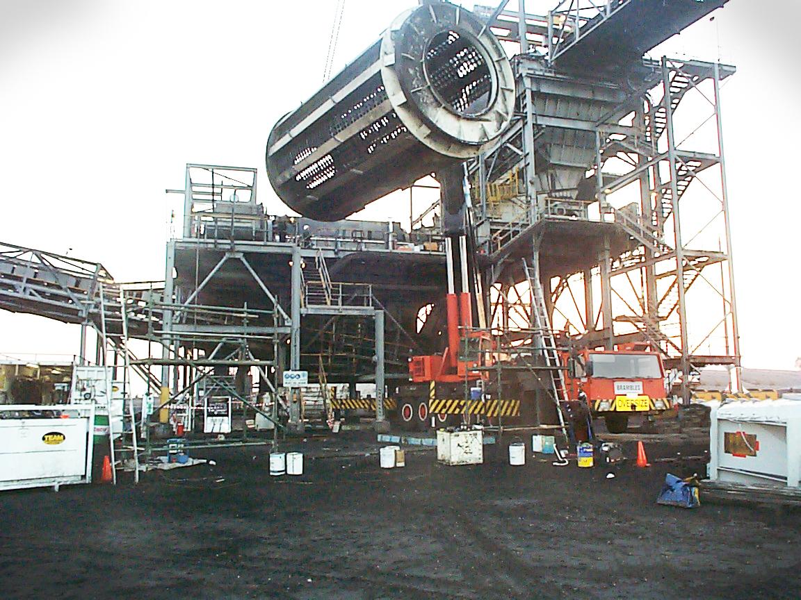 Lifting rotary breaker barrels