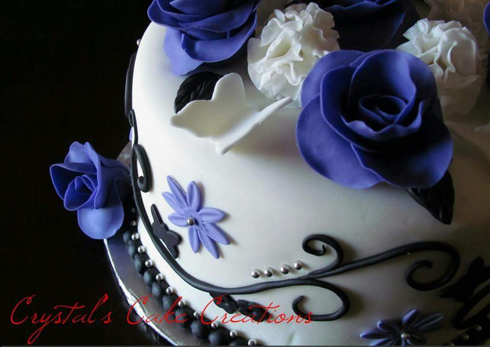 Roses butterflies and filigree cak