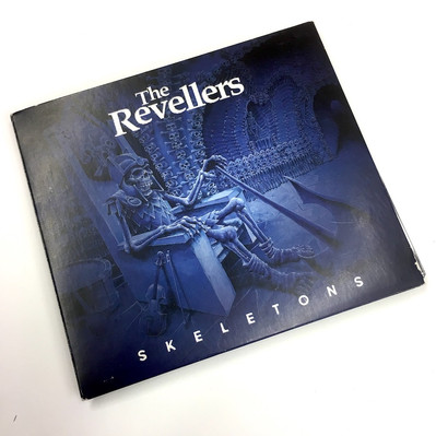 CD Revellers front