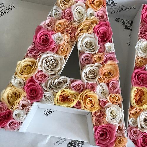 Lettre / Chiffre fleurs éternelles Lachaume  Letter / Number in eternal flowers