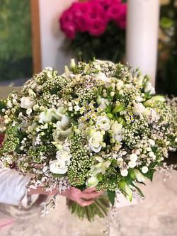 Bouquet champêtre blanc Lachaume