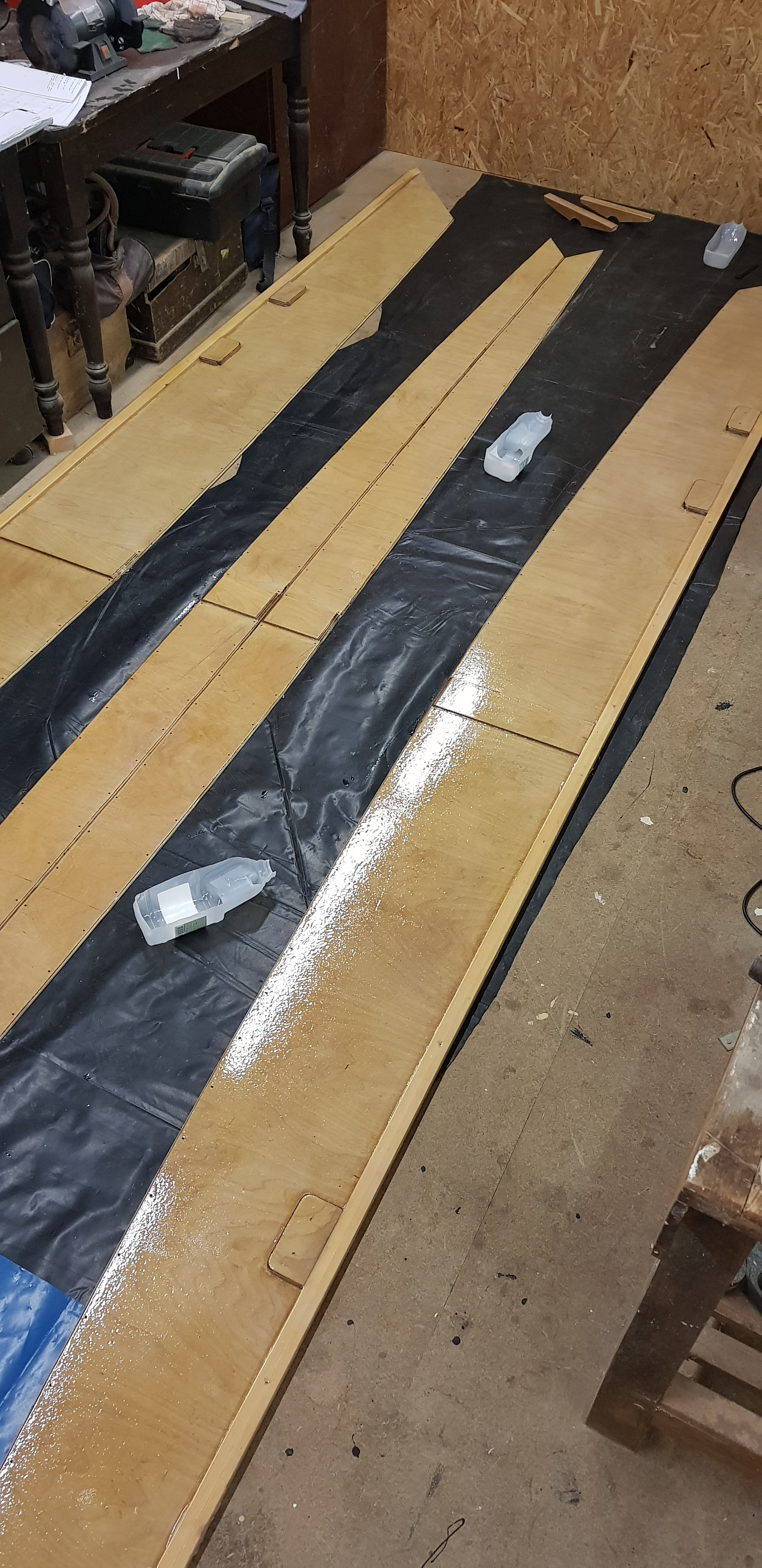 The internal surfaces are treated with 3 coats of epoxy resin