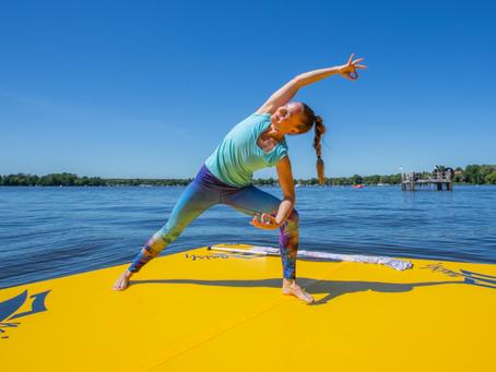 SUP Yoga in Berlin / Erkner auf dem Dämeritzsee