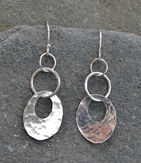 Disc link earrings