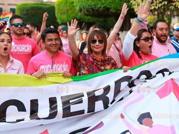 Morelia exigen respeto a la diversidad en su 13ra Marcha del Orgullo