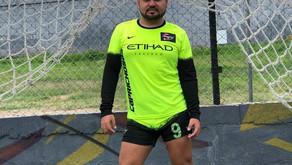 Futbolista supera acto homofóbico durante un partido de futbol