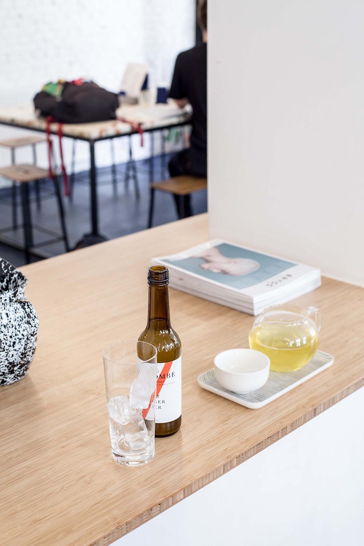 Joko visits coffee bar Toki, a hotspot in Amsterdam