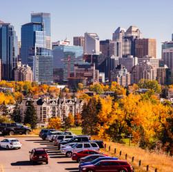 Calgary Fall skyline.jpg