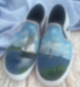 Minna painted Vans