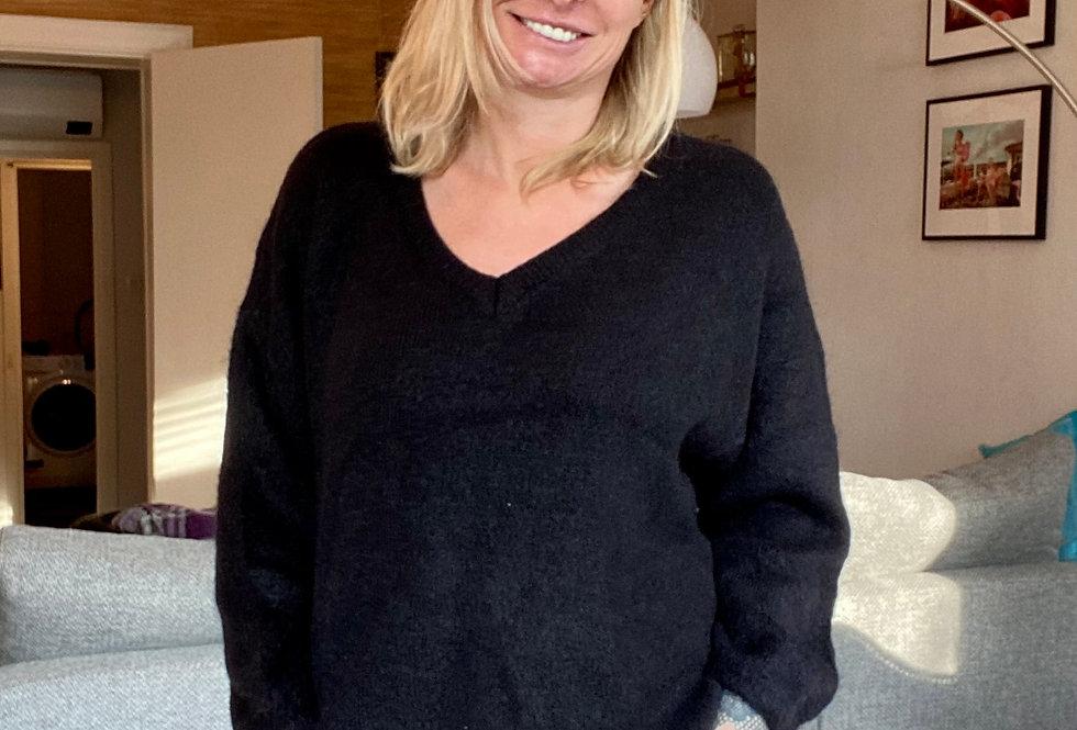 Zachte trui in het zwart