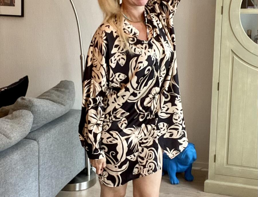 Oversized hemd met prints zwart met beige