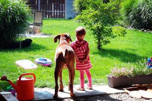 Bodyguard Eywa hlídá Elišku
