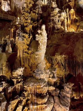 les grottes des demoiselles.jpg