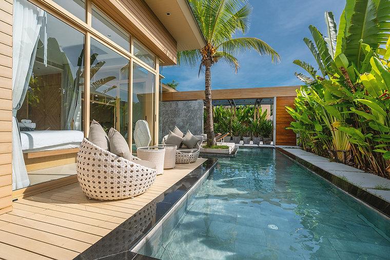 interior-exterior-design-luxury-pool-vil