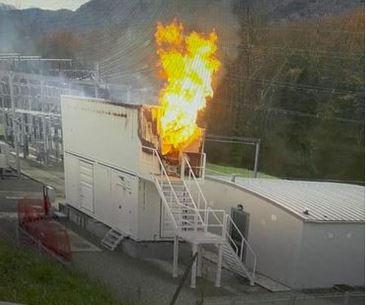 Des batteries au lithium prennent feux dans un container en Ariège