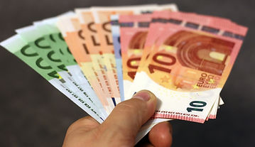 money-1005464_1920.jpg