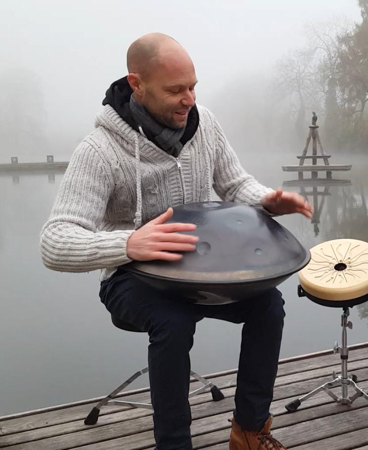 Musikalische Begleitung & Handpan-Workshop mit Kay Rauber