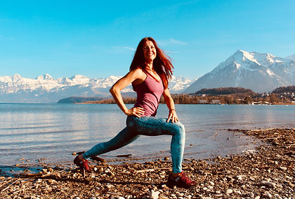 Yoga_Claudia Eva Reinig_1.jpeg