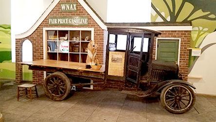 WNAX gas station.jpg