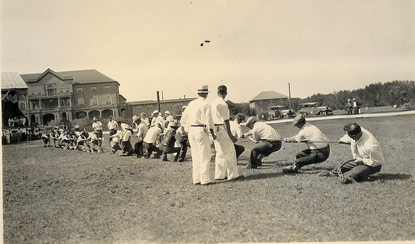 Patient Tug of War on Mead Front Lawn.jp