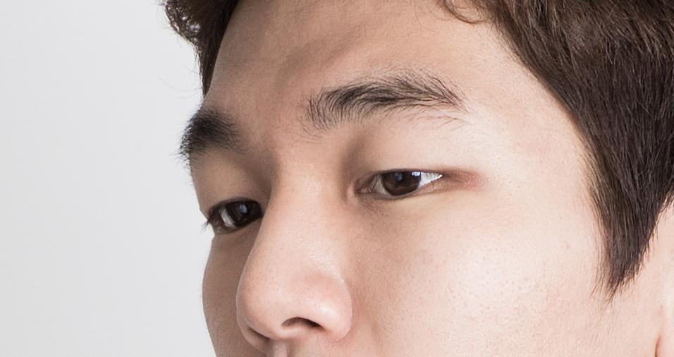 ศัลยกรรมตาผู้ชาย จะต่างจากผู้หญิงอย่างไร?