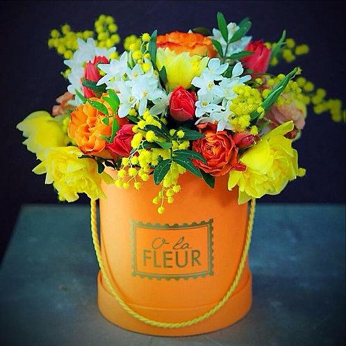 Маленький весенний цилиндр оранжевый