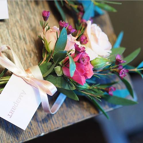 Бутоньерки для розыгрыша гостей с названиями цветов