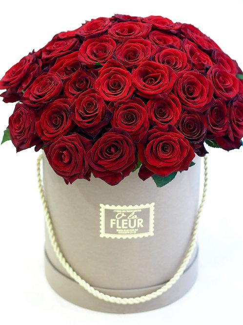 Большой цилиндр с розами 55шт