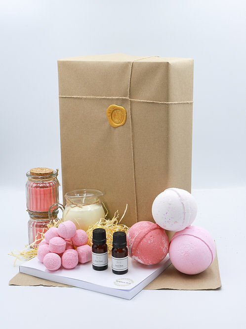 The Pink Fruits Brighton Soap Bath Bomb Gift Set With Diary