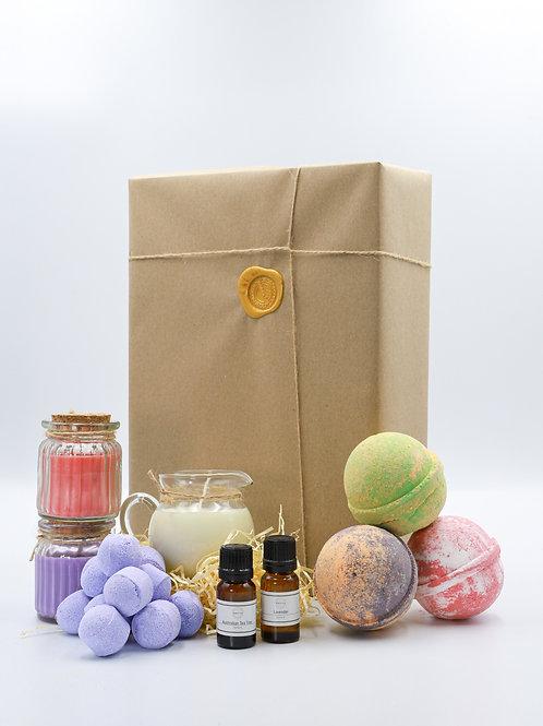 Scents of the Summer Brighton Bath Bomb Soap Gift Set
