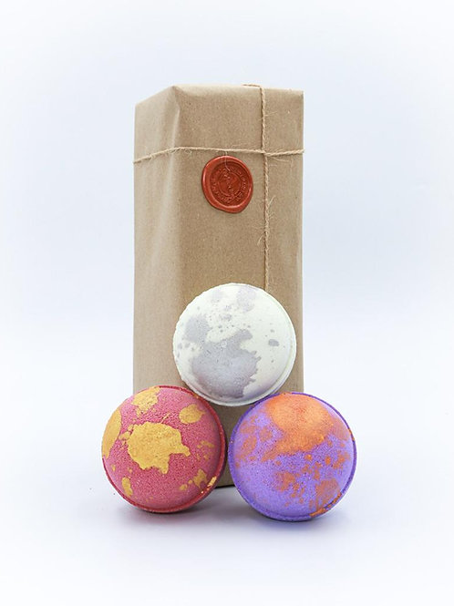 Strawberry Champagne, Passion Fruit Martini & Gin and Tonic Bath Bomb Gift Set
