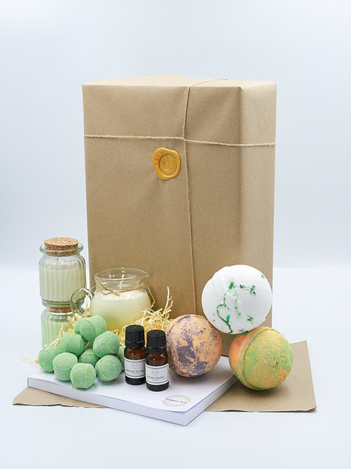 The Earthy Green Brighton Soap Bath Bomb Gift Set With Diary