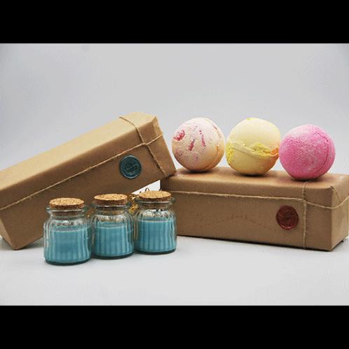 Winter Berry Candles - Papaya, Pineapple & Very Berry Bath Bomb Gift Set
