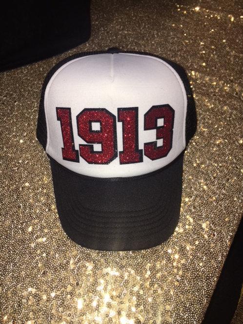 1913 Snapback Cap - White/Black