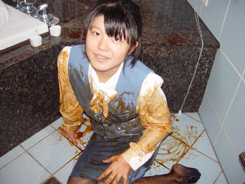 OL制服が汚れちゃった!