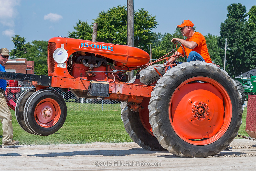 Mike Hall Tractor Pull 06-06-15 02 small.jpg