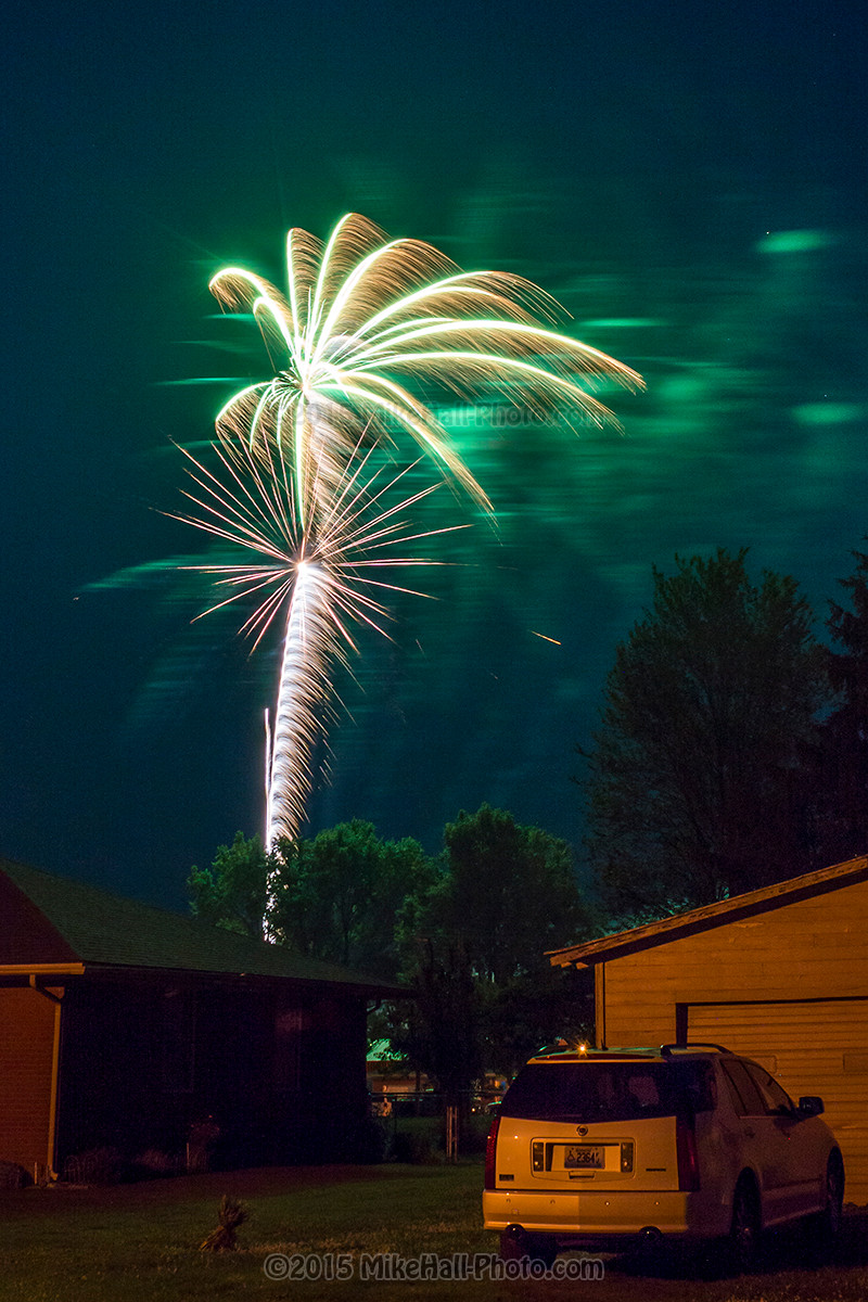 Mike Hall Fireworks 06-06-15 04 small.jpg