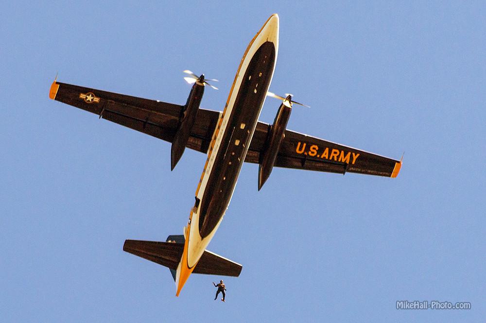 Mike Hall Owensboro Airshow 10-04-14 12.jpg