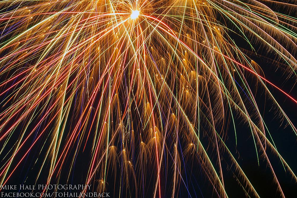 Mike Hall Fireworks 07-04-13 11 small.jpg