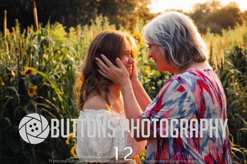 Riley Pfeifer Sunflower watermarked-12.jpg
