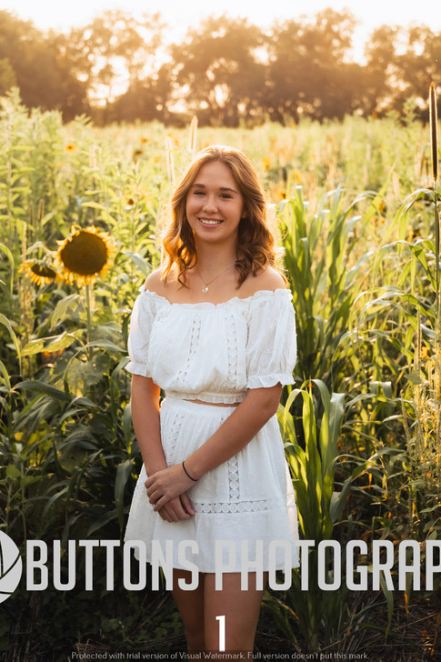 Riley Pfeifer Sunflower watermarked-1.jpg