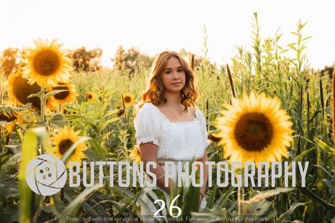 Riley Pfeifer Sunflower watermarked-26.jpg