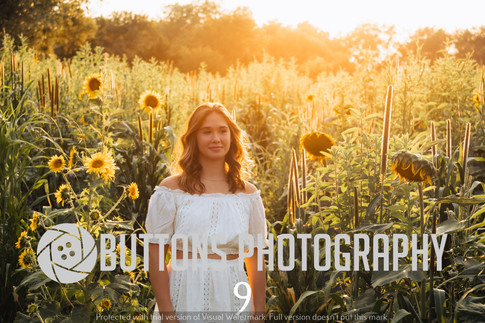 Riley Pfeifer Sunflower watermarked-9.jpg