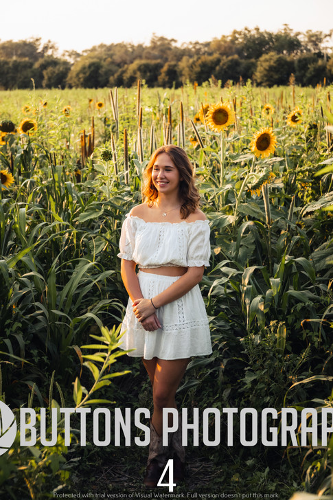 Riley Pfeifer Sunflower watermarked-4.jpg
