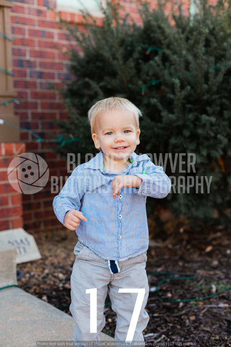 Zeller Family Watermarked-17.jpg