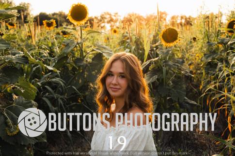Riley Pfeifer Sunflower watermarked-19.jpg