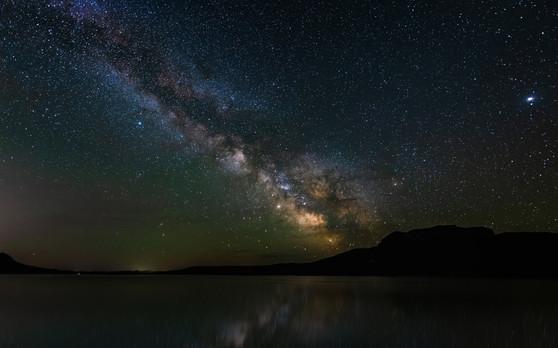 Cody Wyoming Milky Way lake.jpg